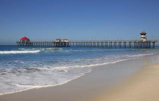 723077-huntington-beach-beach